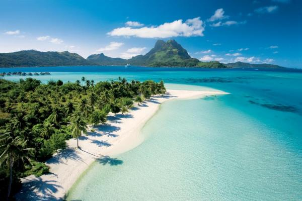 Beautiful beaches of Bora Bora.