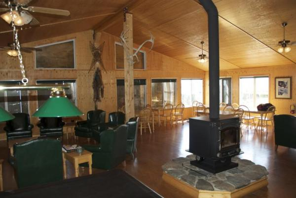 The spacious and comfortable lounge at Arctic Kingdom's Caribou Lodge