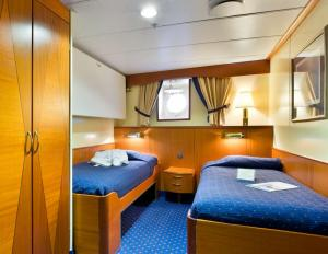 Sea Adventurer's Single Category 3 Cabin