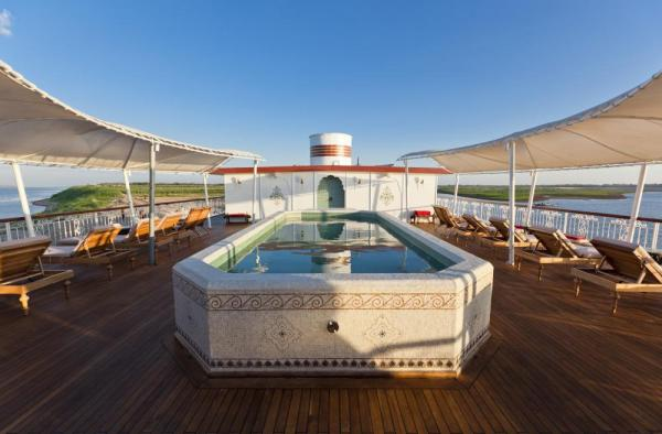 Jahan's sun deck and pool.
