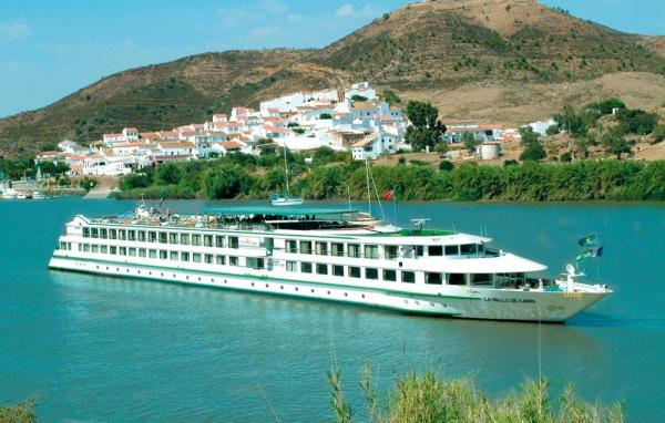 Sail through Spain on the beautiful La Belle de Cadix