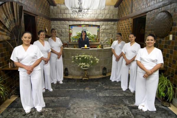 The staff at Samari Spa Resort will pamper you!