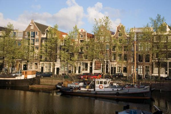 The canals of Holland