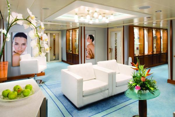 Relax on board the Silver Discoverer as you sail Asia Pacific