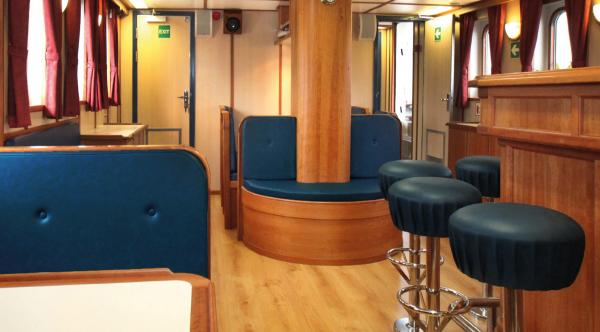 Lounge and bar aboard the Rembrandt van Rijn.