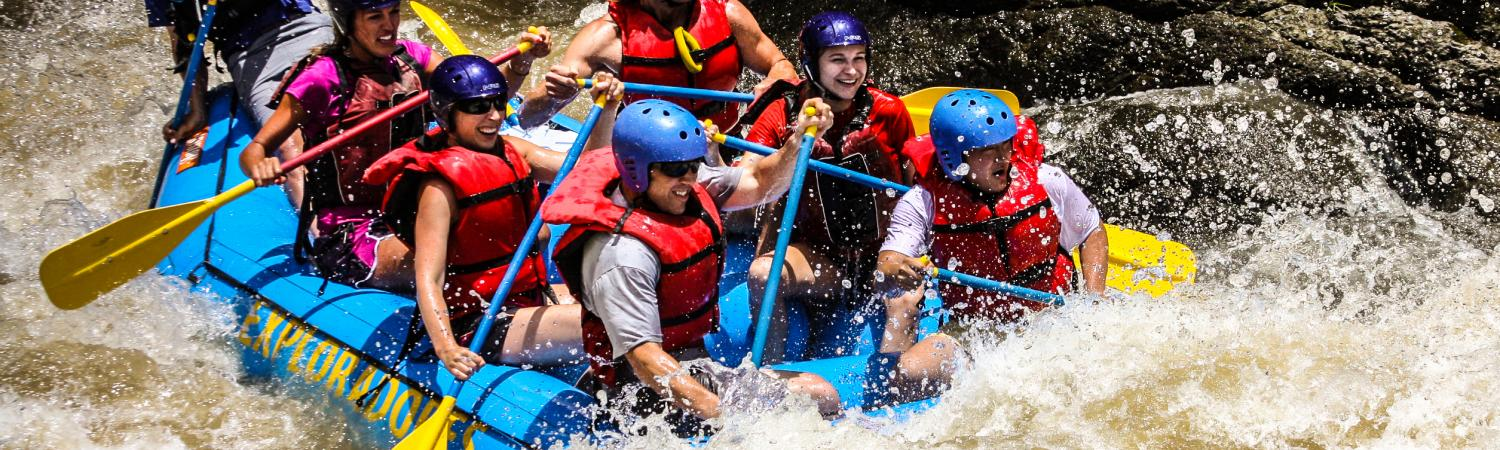 Rafting the Pacaure River in Costa Rica