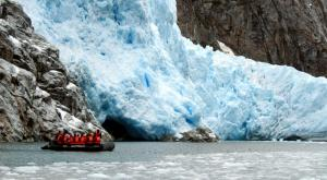 Taking a zodiac tour to see Piloto Glacier.