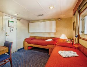 Sea Adventurer Category 8 Cabins.
