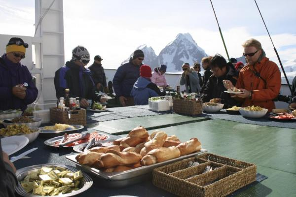 Dining outside on the deck of the Polar Pioneer.