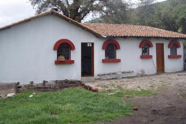 Explore the buildings around Hacienda Santa Rita