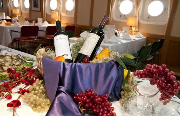 Enjoy delicious wines with your meal.
