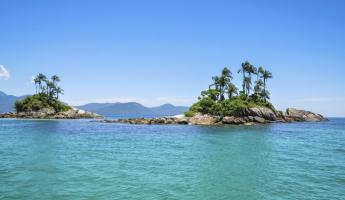 The beautiful waters of Ilha Grande