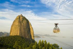 Ride the gondola to Sugarloaf Mountain on your Brazil tour