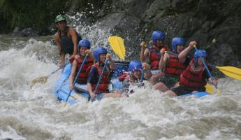 White water rafting on the Pacaure River