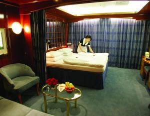 The Sea Explorer's Triple Suite