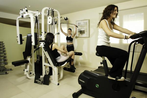 Enjoy an excellent workout in the gym.