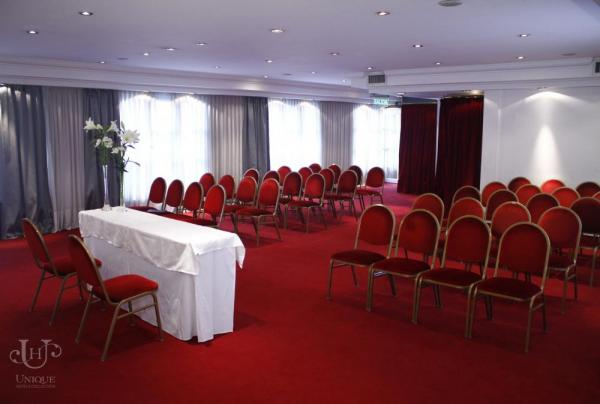 The conference room of the Park Central Unique.