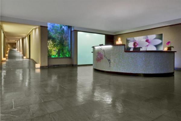 The front desk of the spa at the Sheraton.