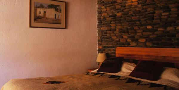 Relax in these spacious and comfortable matrimonial accommodations.