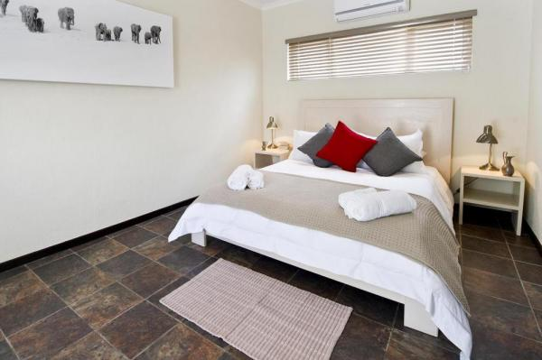 The spacious and comfortable rooms at the Africa Safari at Galton House