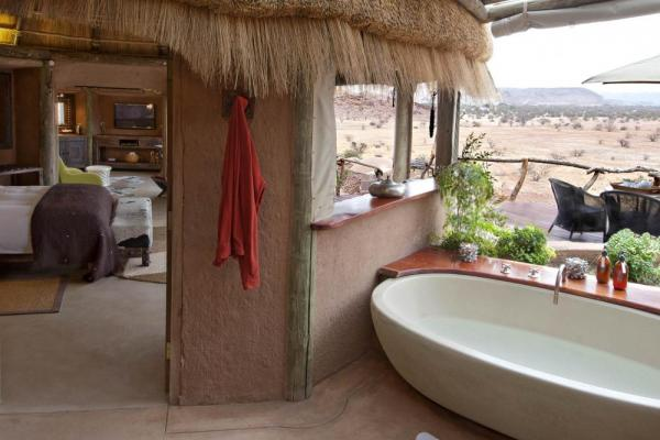 Enjoy a luxurious outdoor bath at Camp Kipwe