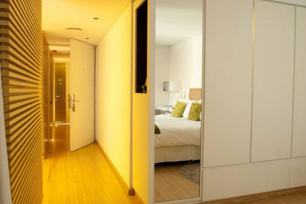 The modernly designed rooms at Casa Calma