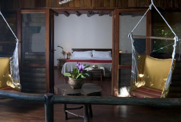 Rooms with patios at the La Aldea de la Selva