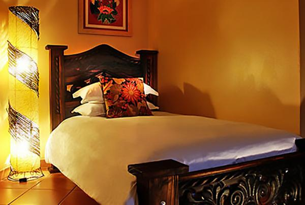 Boquete Garden Inn's cozy twin rooms