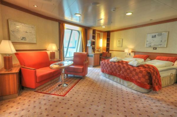 Your spacious suite aboard the MS Fram