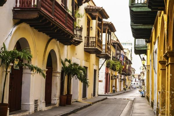 The colorful streets of Cartagena