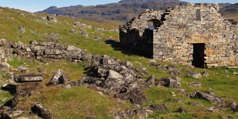 Visit historical Arctic settlements on your voyage