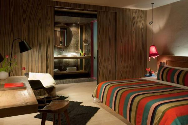 A comfortable and spacious suite at Hotel Bo