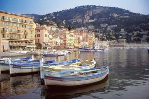 Charming port cities line the coves of the French Riviera