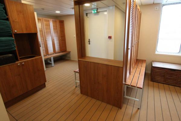 Warm up in the Ocean Endeavour's sauna!