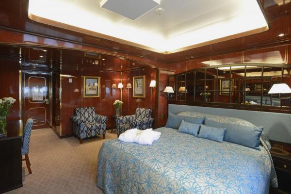 Sail in comfort aboard the Caledonian Sky