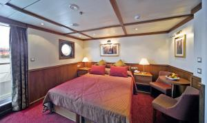 Your stateroom on the Arethusa & Artemis