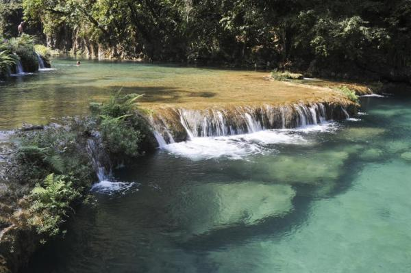 A shallow waterfall in the pools of Semuc Champey
