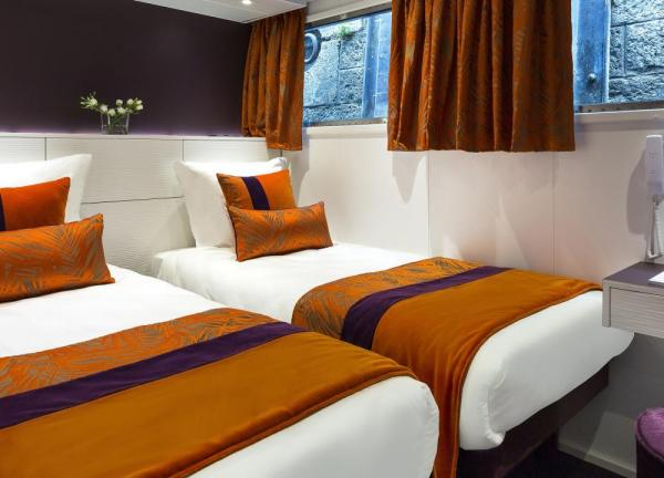 Standard cabins on the MS Raymonde