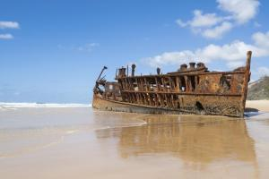 Rusting hulk of the Maheno on Fraser Island