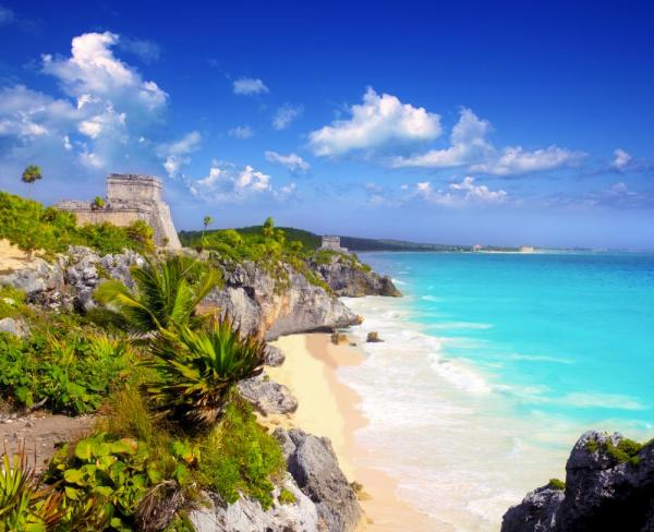 Ancient Mayan ruins of Tulum overlooking the Caribbean