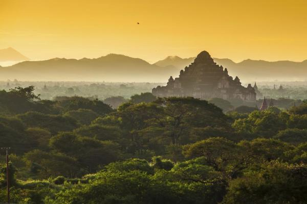 Sunrise over Bagan temples