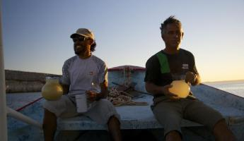 Sunset happy hour on Espiritu Santo Island