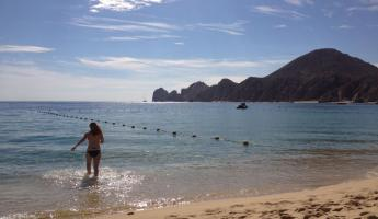 Cabo San Lucas swimming