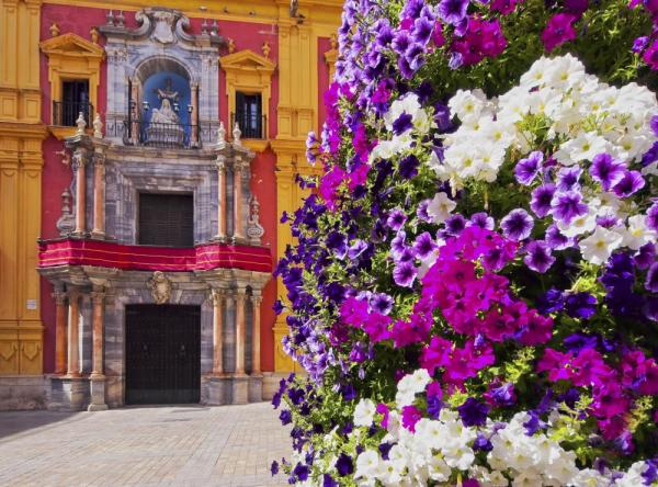 The colorful streets of Spain