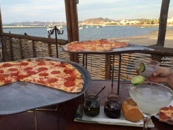 Pizza & Margaritas on the waterfront!