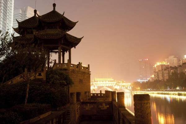 Chengdu, Hejiangting at night