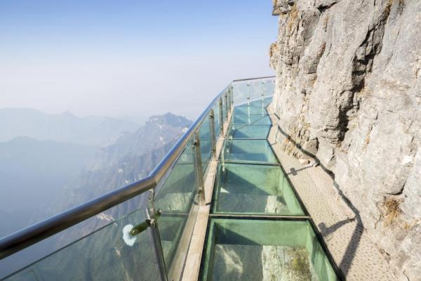 Glass walkway at Tianmenshan Tianmen Mountain