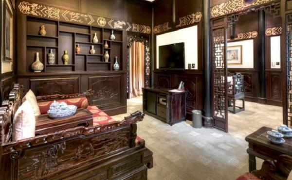Delight in the elegance and charm of the Old Chengdu Club