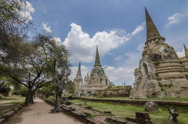 Ruin of temple in Ayutthaya