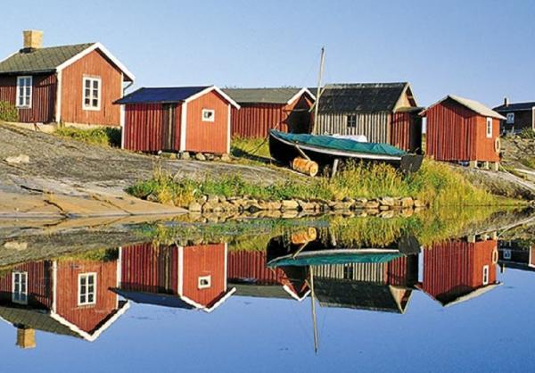 Scandinavia's traditional, red fishermen's cabins